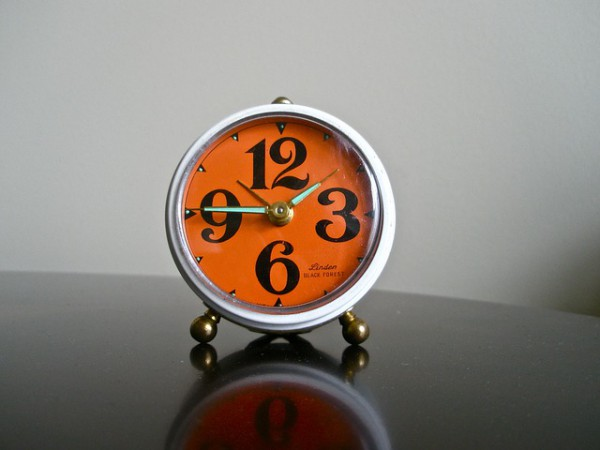 alarm-clock-219613_640
